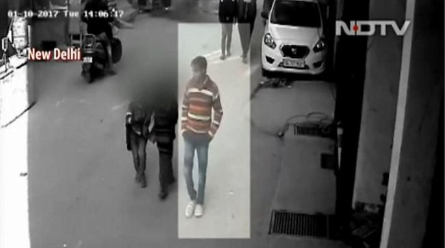 Ινδία: 38χρονος «τέρας» βίασε πάνω από 100 μαθήτριες δημοτικού