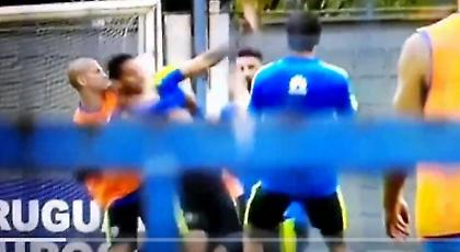 Κόλαση στην προπόνηση της Μπόκα: Ο Ινσαουράλδε πλακώθηκε στις μπουνιές με συμπαίκτη του! (video)