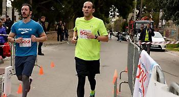 Ο Παναγιώτης Αγγελόπουλος σε αγώνα δρόμου στην Πεύκη