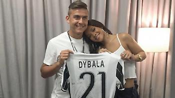 Θαυμαστής της Rihanna ο Ντιμπάλα (pic)