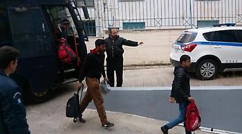 Συναγερμός στο Λιμενικό: Μετανάστες εντοπίστηκαν σε παραλία της Κρήτης