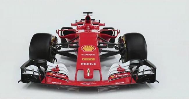 Η νέα Ferrari ανοίγει τα φτερά της