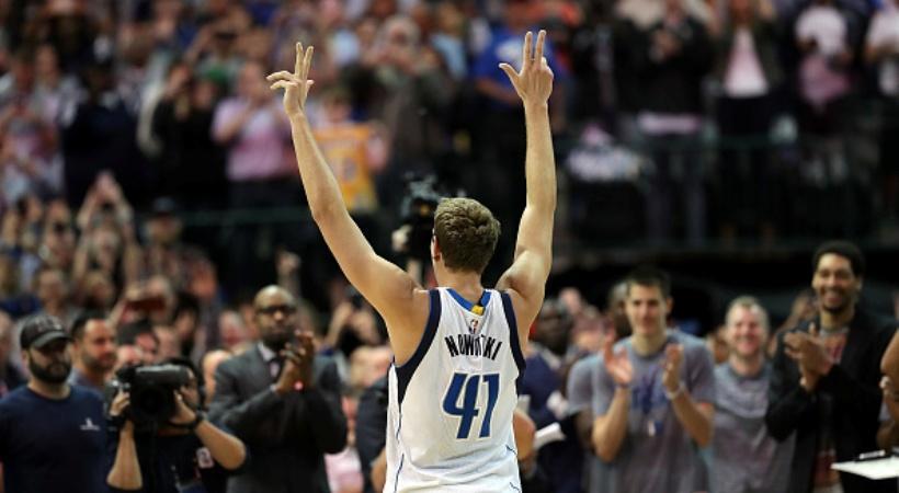 NBA: Έσπασε τα κοντέρ κι έγραψε ιστορία ο Νοβίτσκι! (video)