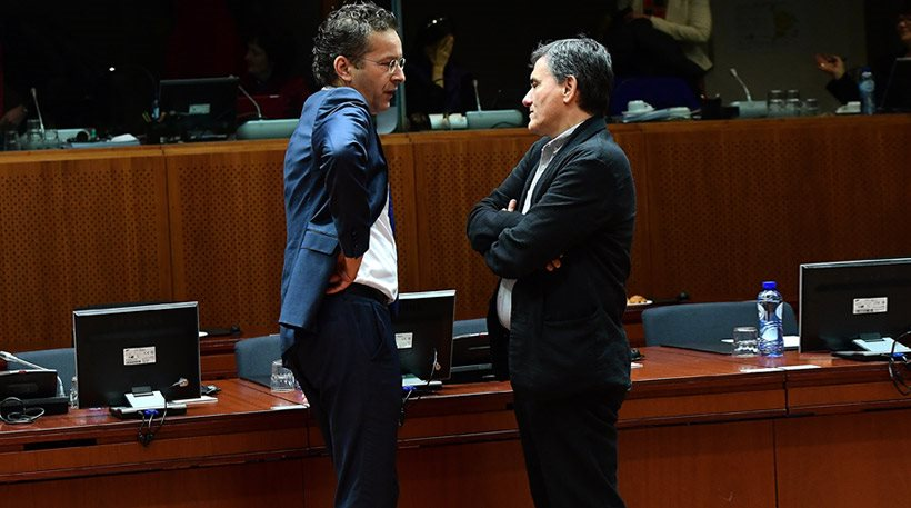 Στις Βρυξέλλες πάλι ο Τσακαλώτος: Απεγνωσμένες προσπάθειες για να κλείσει η αξιολόγηση