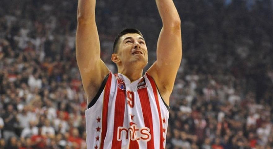 Μίτροβιτς: «Να κάνουμε το... θαύμα μας και με τον Ολυμπιακό»