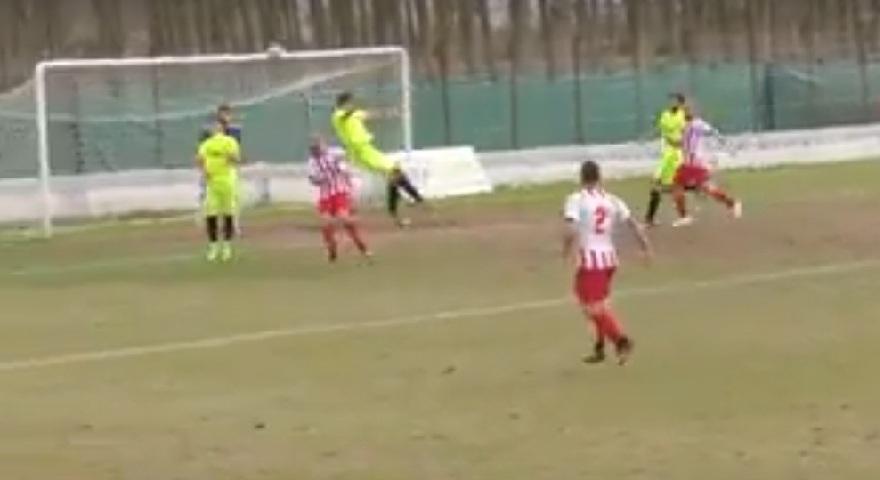 Το πιο… μαϊμού πέναλτι στα χρονικά του ελληνικού ποδοσφαίρου! (video)