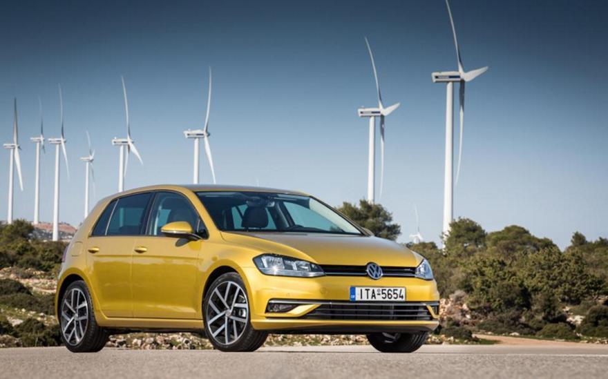 Το νέο VW Golf με διαδραστικά ηλεκτρονικά συστήματα και νέους κινητήρες