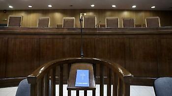 Την παρέμβαση Κοντονή ζητούν οι δικηγόροι λόγω της τραγικότητας του ασφαλιστικόυ