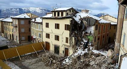 ΘΕΜΑ: Οδοιπορικό στην σεισμόπληκτη Ιταλία (pics+video)
