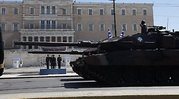 Μεγαλειώδης η στρατιωτική παρέλαση για την επέτειο της 25ης Μαρτίου