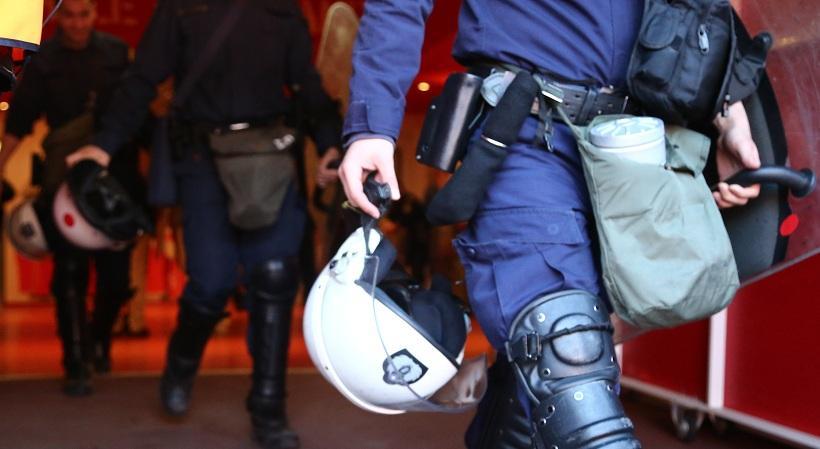 Αστυνομικοί κατήγγειλαν επίθεση από οπαδούς του Ολυμπιακού στο «Γ. Καραϊσκάκης»