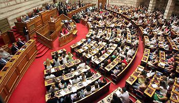 Σε ονομαστική ψηφοφορία οδηγείται η αμφιλεγόμενη τροπολογία για λαθρεμπόριο