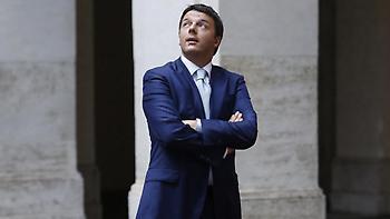 Ματέο Ρέντσι: Η επιστροφή - Επανεξελέγη στην ηγεσία του κόμματος