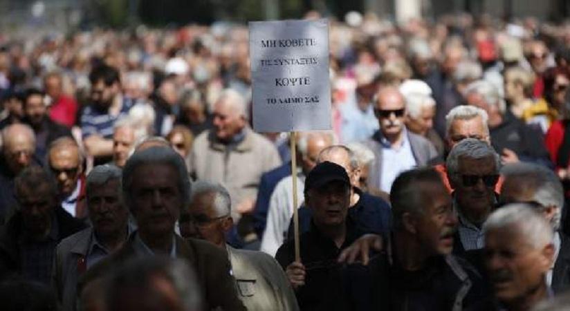 Οι συνταξιούχοι έχασαν 50 δισ. ευρώ -23 περικοπές σε επτά χρόνια