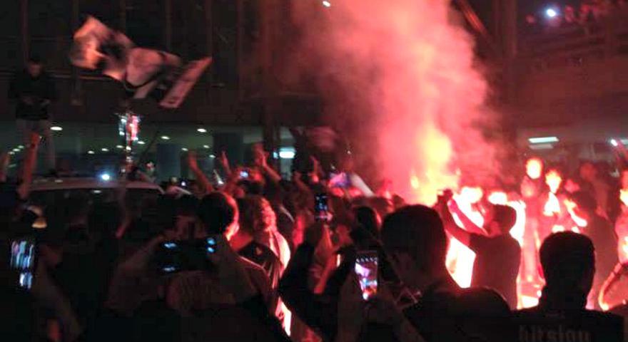 Έκαψαν το «Μακεδονία» οι οπαδοί του ΠΑΟΚ για τους πρωταθλητές! (vids)