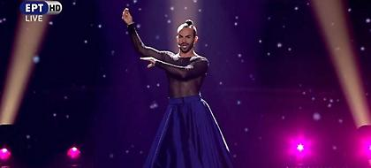 Eurovision 2017: Ο εκκεντρικός Μαυροβούνιος με φούστα, σιθρού μπλούζα και κοτσίδα (pics / video)