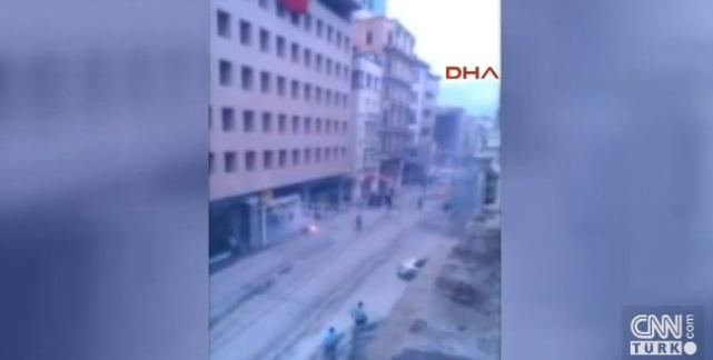 Πέντε τραυματίες οπαδοί του Ολυμπιακού, ο ένας μαχαιρωμένος, από επίθεση Τούρκων (video)