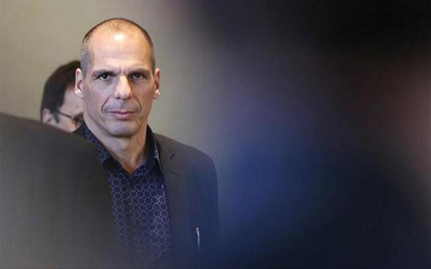 Γ. Βαρουφάκης: Ο Τσίπρας μου είπε «να φοβάμαι ένα νέο Γουδή»