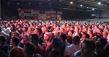 Ο Πογκμπά σκοράρει και οι οπαδοί της Γιουνάιτεντ… λούζονται με μπύρα! (video)