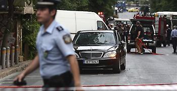 Αλαλούμ με τη διαδρομή του τρομο-δέματος που χτύπησε τον Λουκά Παπαδήμο