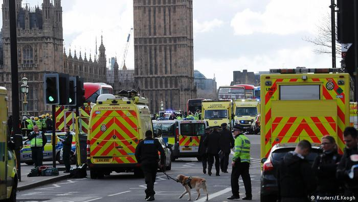Τρεις νέες συλλήψεις για τις αιματηρές επιθέσεις στην καρδιά του Λονδίνου