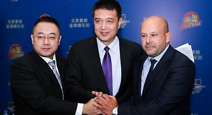 Ανέλαβε ομάδα στην Κίνα ο Χριστόπουλος!