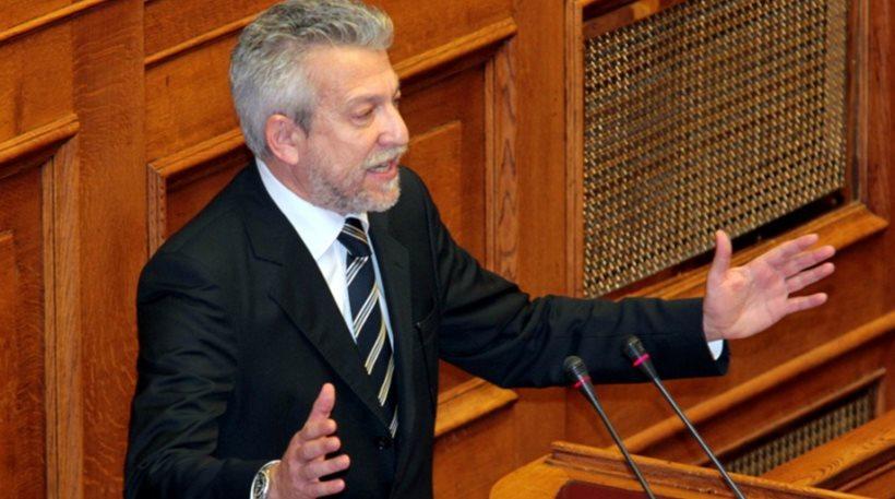 Κοντονής: «Οικονομικά συμφέροντα υπαγορεύουν σε κόμματα πολιτικό λόγο»