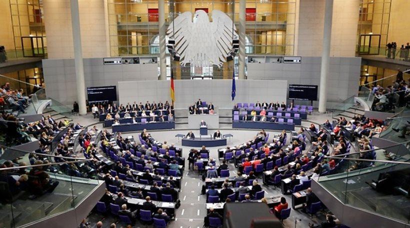 «Μπλόκο» από το SPD στη συζήτηση για τη δόση των 8,5 δισ. προς την Ελλάδα