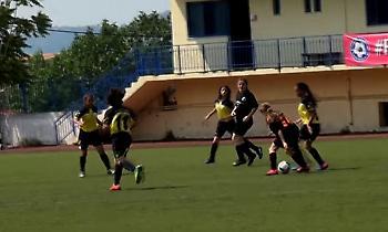 Τα κορίτσια παίζουν (καλή) μπάλα!