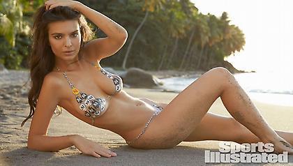 'Ολα τα γυμνά της Έμιλι Ραταϊκόφσκι σε ένα βίντεο... ΟΛΑ!
