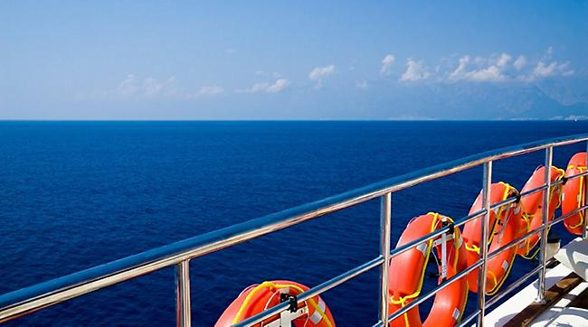 Ξεκινά από τον Πειραιά το κρουαζιερόπλοιο με 700 swingers