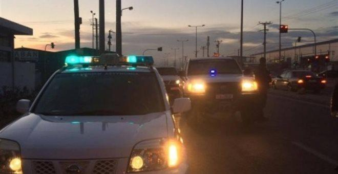Δεκαέξι συλλήψεις στο στρατόπεδο Καποτά στο Μενίδι