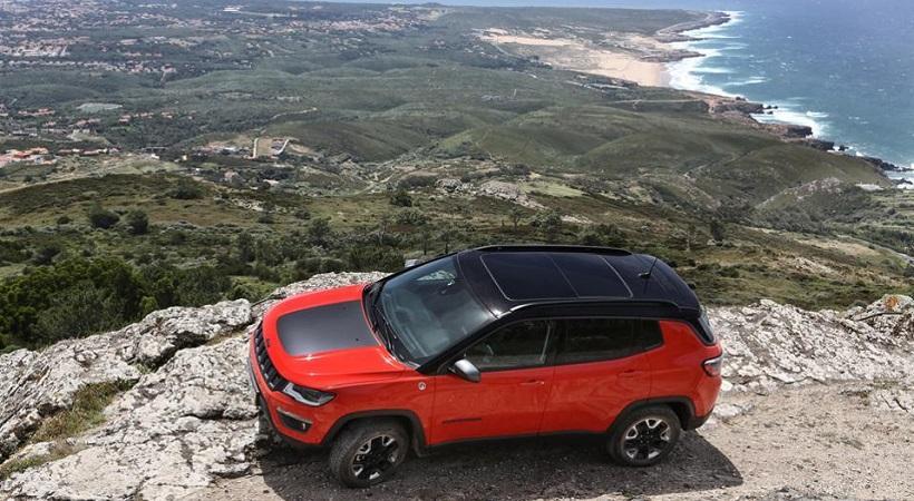 To νέο Compass έχει σύγχρονη σχεδίαση, τεχνολογία... και είναι Jeep