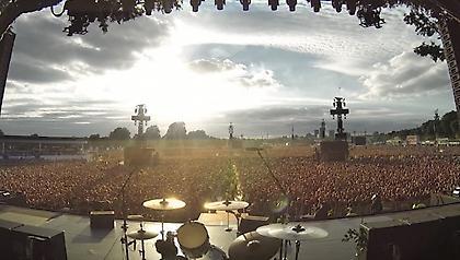 Επικό: Στο Hyde Park 65.000 κόσμος τραγουδάει ακαπέλα το Bohemian Rhapsody (video)