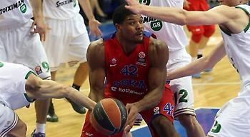 Χάινς στο sport-fm.gr: «Από τους καλύτερους συμπαίκτες που είχα ο Ρόμπερτς»