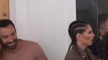 Χαμός για μια πόζα Τανιμανίδη στη Μύκονο: Τι έκανε η Οικονομάκου (video)