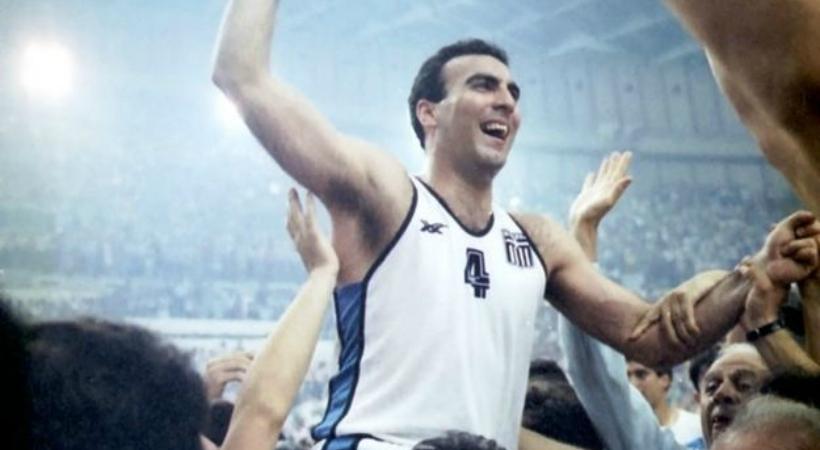 """Νίκος Γκάλης: Ο """"θεός"""" του μπάσκετ έγινε 60! (video)"""