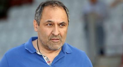 Δηλώνει στη Football League τον Ηρακλή ο Παπαθανασάκης
