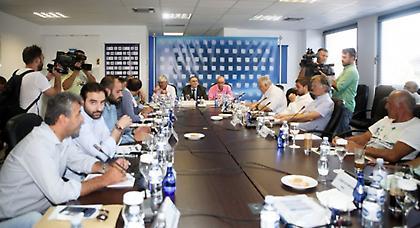 Αποφασίζει για Forthnet, τηλεοπτικά η Super League – Υπογράφεται η προκήρυξη για τα play-off