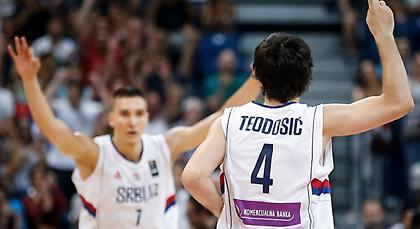 Γιατρός των Κλίπερς στο Βελιγράδι για τον Τεόντοσιτς!