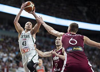 Με ηγέτη Πορζίνγκις νίκησε τη Λιθουανία η Λετονία