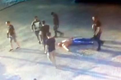 ΣΟΚ: Σκότωσαν Ρώσο αρσιβαρίστα στο ξύλο (video)