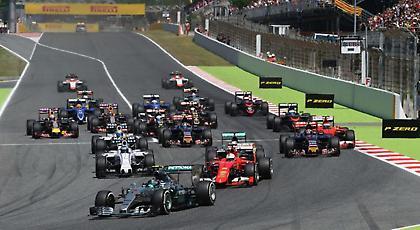 Σκέφτεται τη Formula 1 η Porsche