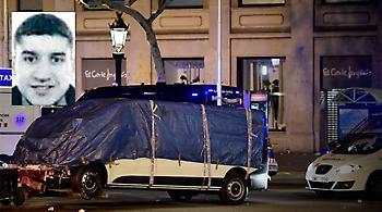 Έπεσε νεκρός από πυρά αστυνομικών ο μακελάρης της Βαρκελώνης