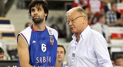 Τεόντοσιτς: «Λυπάμαι που έλειπα. Ευχαριστώ Ντούντα»