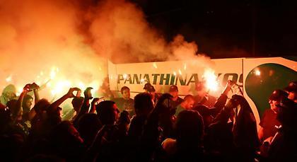Αποθεωτική υποδοχή για τον Παναθηναϊκό στο Αγρίνιο! (pics/video)