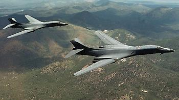 Επίδειξη δύναμης από αμερικανικά βομβαρδιστικά - Πέταξαν ανοικτά των ακτών της Βόρειας Κορέας