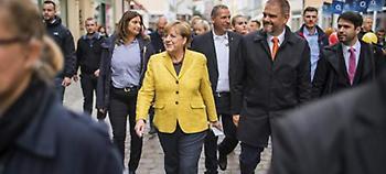 Γερμανία: Ακροδεξιοί γιούχαραν την Μέρκελ στο Μόναχο (video)