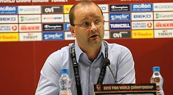 Στο τραπέζι με έξι ομοσπονδίες η FIBA