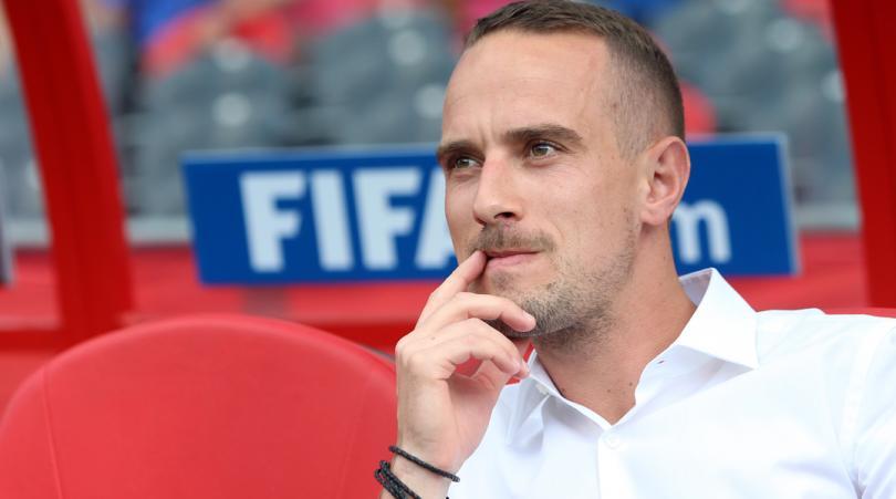 Απολύθηκε επειδή είχε σχέση με παίκτρια ο προπονητής των Γυναικών της Αγγλίας